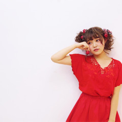 ミディアム お団子 簡単ヘアアレンジ レッド ヘアスタイルや髪型の写真・画像