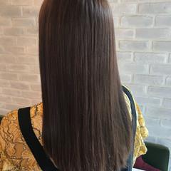 ナチュラル グレージュ ロング 透明感カラー ヘアスタイルや髪型の写真・画像