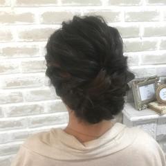 ねじり ミディアム ヘアアレンジ 結婚式 ヘアスタイルや髪型の写真・画像