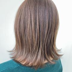 ナチュラル 透明感カラー 透明感 外ハネ ヘアスタイルや髪型の写真・画像