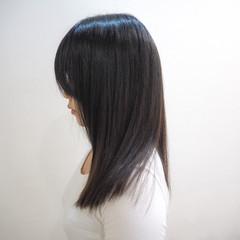 ストレート ナチュラル セミロング ミディアム ヘアスタイルや髪型の写真・画像