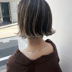 外国人風カラー ボブ アンニュイほつれヘア グレージュ ヘアスタイルや髪型の写真・画像