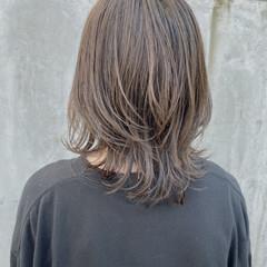 ナチュラル ミディアム アッシュグレージュ 透明感カラー ヘアスタイルや髪型の写真・画像