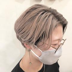 ハイライト ショート ナチュラル インナーカラー ヘアスタイルや髪型の写真・画像