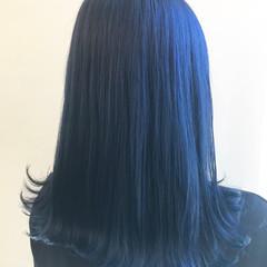インナーブルー ブルー ロング ブルージュ ヘアスタイルや髪型の写真・画像