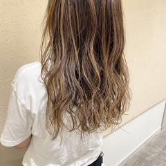 ガーリー アッシュ ミディアム 大人女子 ヘアスタイルや髪型の写真・画像