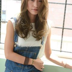 大人かわいい 外国人風 ハイライト イルミナカラー ヘアスタイルや髪型の写真・画像