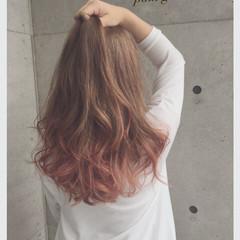 ピンク グラデーションカラー ヘアマニュキュア ゆるふわ ヘアスタイルや髪型の写真・画像