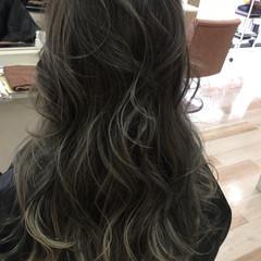 外国人風 ハイライト グラデーションカラー ナチュラル ヘアスタイルや髪型の写真・画像