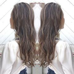 フェミニン ヘアアレンジ オフィス アウトドア ヘアスタイルや髪型の写真・画像