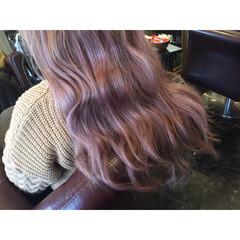外国人風 ピンク ゆるふわ ロング ヘアスタイルや髪型の写真・画像