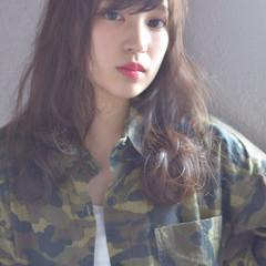 暗髪 透明感 セミロング ハイライト ヘアスタイルや髪型の写真・画像