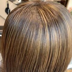 髪質改善カラー ミディアム 外ハネ 大人ハイライト ヘアスタイルや髪型の写真・画像