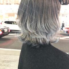 外国人風カラー ミディアム マッシュ グレージュ ヘアスタイルや髪型の写真・画像