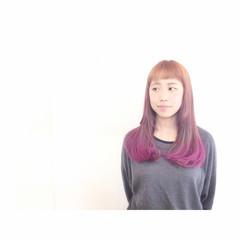 ピンク グラデーションカラー ストリート ショートバング ヘアスタイルや髪型の写真・画像