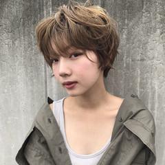 秋 パーマ ウェットヘア 透明感 ヘアスタイルや髪型の写真・画像