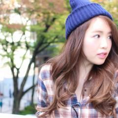 大人かわいい ストレート 秋 ストリート ヘアスタイルや髪型の写真・画像
