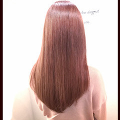 フェミニン ロング ピンク レッド ヘアスタイルや髪型の写真・画像