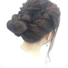 ヘアアレンジ セミロング 成人式 ナチュラル ヘアスタイルや髪型の写真・画像