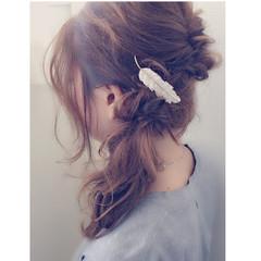 セミロング フェミニン パーティ 大人かわいい ヘアスタイルや髪型の写真・画像