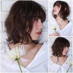 ウェーブ ミディアム ボブ 色気 ヘアスタイルや髪型の写真・画像
