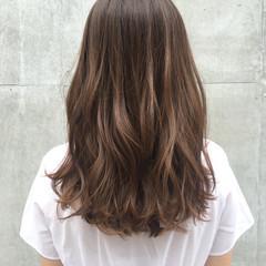 アッシュ パーマ グラデーションカラー ミディアム ヘアスタイルや髪型の写真・画像