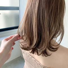 ミディアム ナチュラル 前髪あり アンニュイほつれヘア ヘアスタイルや髪型の写真・画像