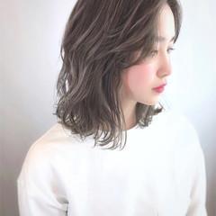 ニュアンスヘア コンサバ 抜け感 ハイライト ヘアスタイルや髪型の写真・画像