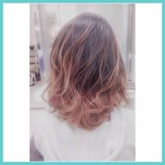 グラデーションカラー ハイライト ミディアム パンク ヘアスタイルや髪型の写真・画像