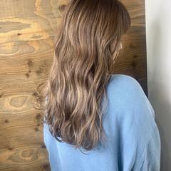 アッシュ アッシュグレージュ ブリーチカラー アッシュベージュ ヘアスタイルや髪型の写真・画像