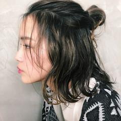 外国人風 ショート 簡単ヘアアレンジ 色気 ヘアスタイルや髪型の写真・画像