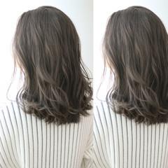 ロング アッシュ 外国人風 グレージュ ヘアスタイルや髪型の写真・画像