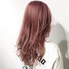 ベリーピンク ピンク ピンクアッシュ セミロング ヘアスタイルや髪型の写真・画像