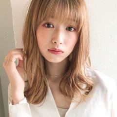 大人かわいい アッシュ 前髪あり セミロング ヘアスタイルや髪型の写真・画像