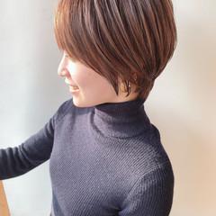 ミニボブ ナチュラル ショート 小顔ショート ヘアスタイルや髪型の写真・画像
