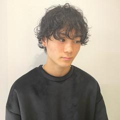 ショートマッシュ スパイラルパーマ メンズヘア メンズカジュアル ヘアスタイルや髪型の写真・画像