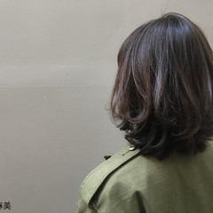 外国人風 秋 ミディアム グラデーションカラー ヘアスタイルや髪型の写真・画像