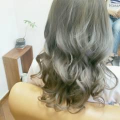 グラデーションカラー ロング ストリート 大人かわいい ヘアスタイルや髪型の写真・画像