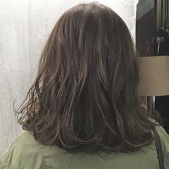 ベージュ ボブ 透明感 ブルージュ ヘアスタイルや髪型の写真・画像