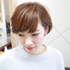 ショート ハイライト ナチュラル モテ髪 ヘアスタイルや髪型の写真・画像