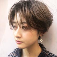 小顔ショート 大人かわいい ナチュラル ショート ヘアスタイルや髪型の写真・画像