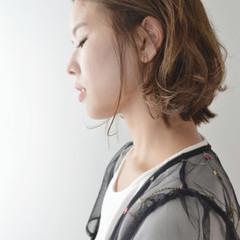 ニュアンス 秋 ウェーブ ナチュラル ヘアスタイルや髪型の写真・画像