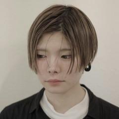 モード ショート 暗髪 ウェットヘア ヘアスタイルや髪型の写真・画像