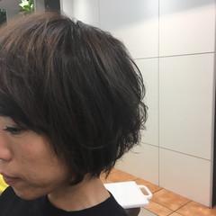 アッシュグレージュ 暗髪 コンサバ ハイライト ヘアスタイルや髪型の写真・画像