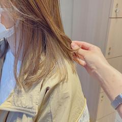 ハイライト インナーカラー セミロング 髪質改善トリートメント ヘアスタイルや髪型の写真・画像