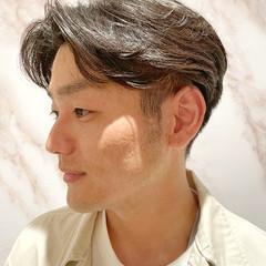 メンズ メンズパーマ ツーブロック ショート ヘアスタイルや髪型の写真・画像
