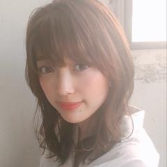 パーマ オフィス アンニュイほつれヘア 簡単ヘアアレンジ ヘアスタイルや髪型の写真・画像