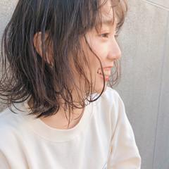 外ハネボブ ボブ ボブ カジュアル ヘアスタイルや髪型の写真・画像
