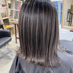 ミニボブ ハイライト 極細ハイライト ボブ ヘアスタイルや髪型の写真・画像