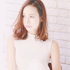イルミナカラー ミディアム フェミニン 春 ヘアスタイルや髪型の写真・画像